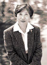 Tuneko Okazaki (1933 - )